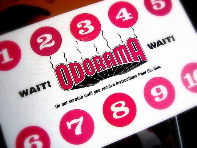 carte à gratter pour les séances de film en odorama