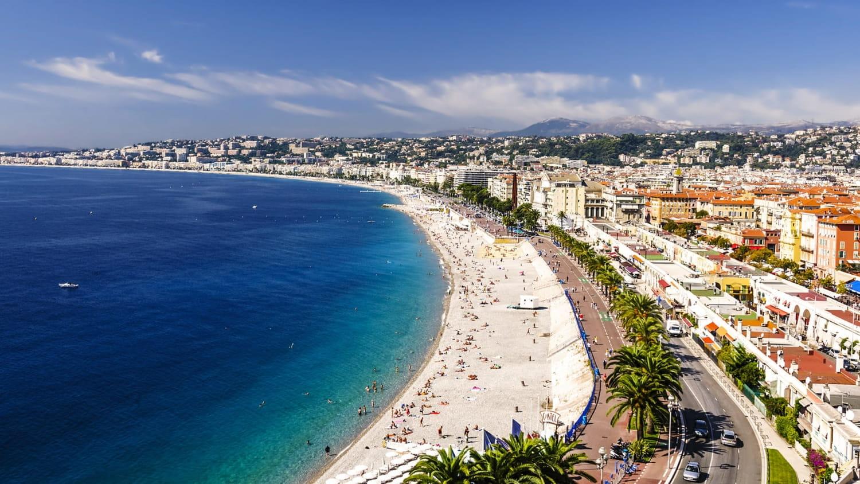 Vue sur la baie de Nice.