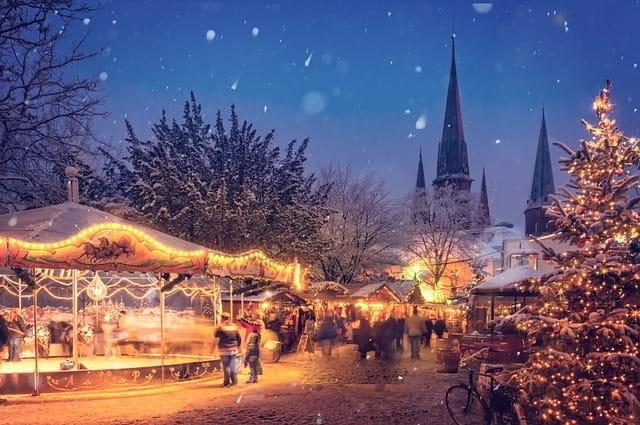 Un marché de Noël.